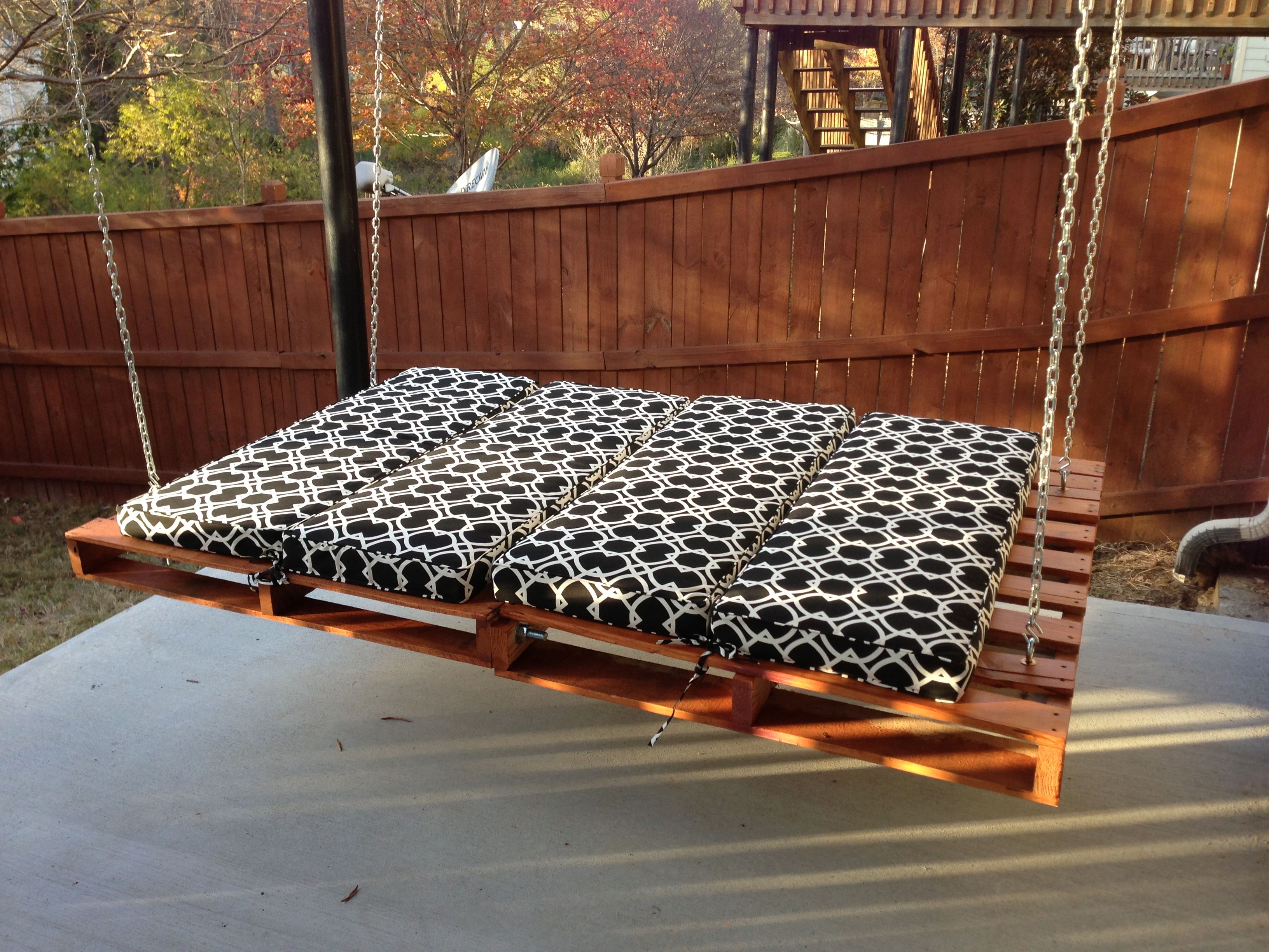 Outdoor floating bed - 18 Homely Hanging Bed